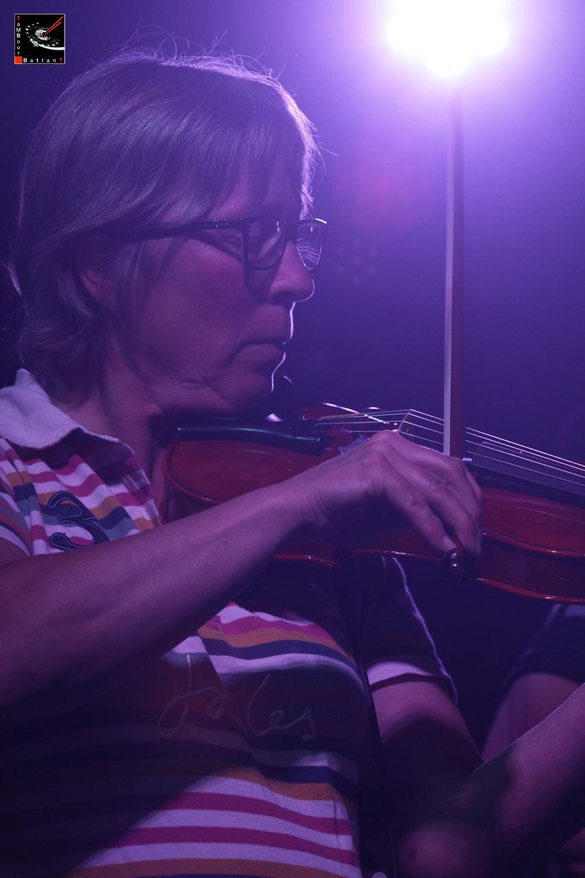 Tambour Battant concert à la salle des Haules à Etretat le 13 juin 2015-048