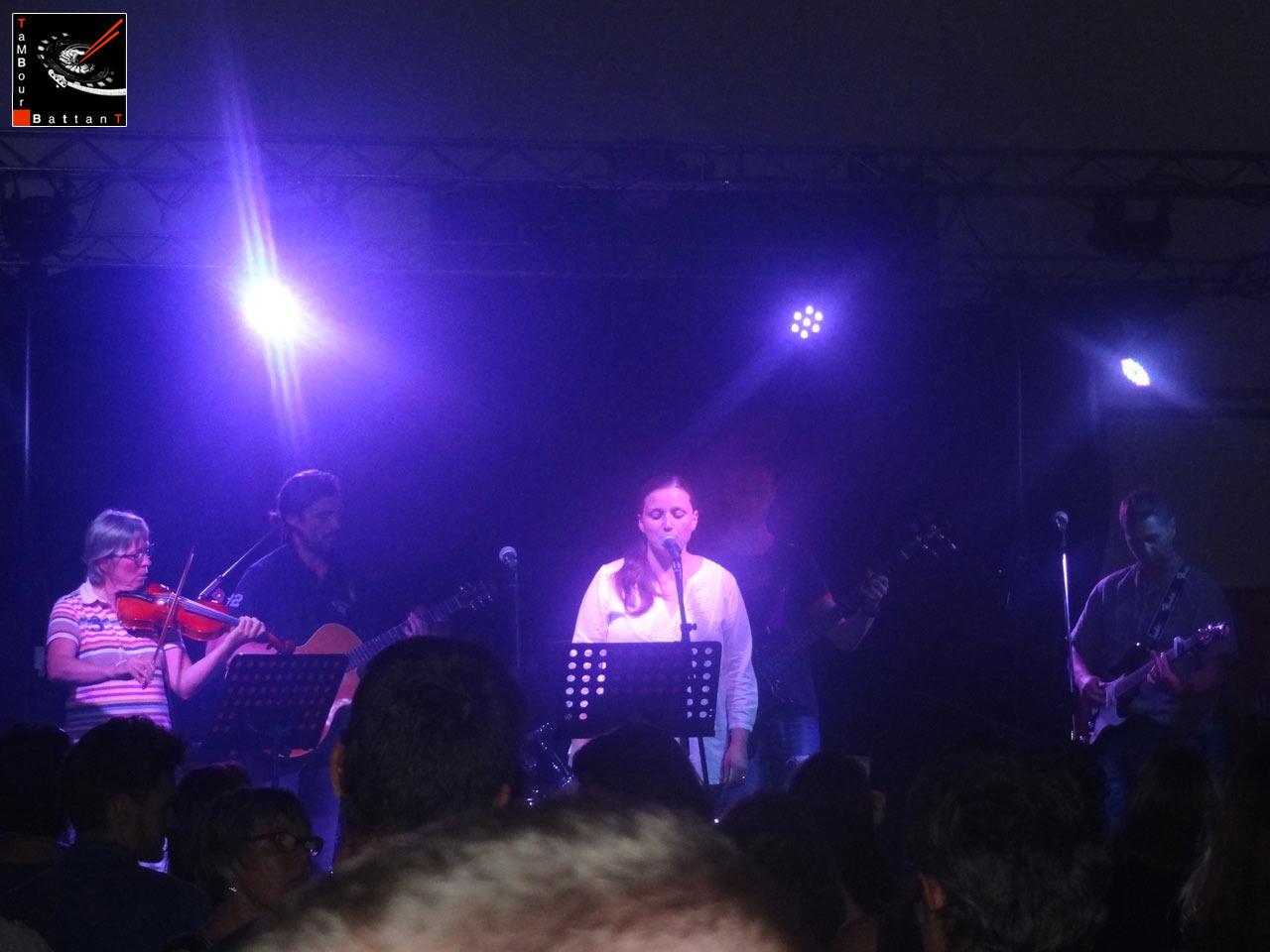 Tambour Battant concert à la salle des Haules à Etretat le 13 juin 2015-056